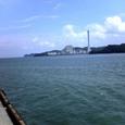 中浦緑地公園から見た四国電力